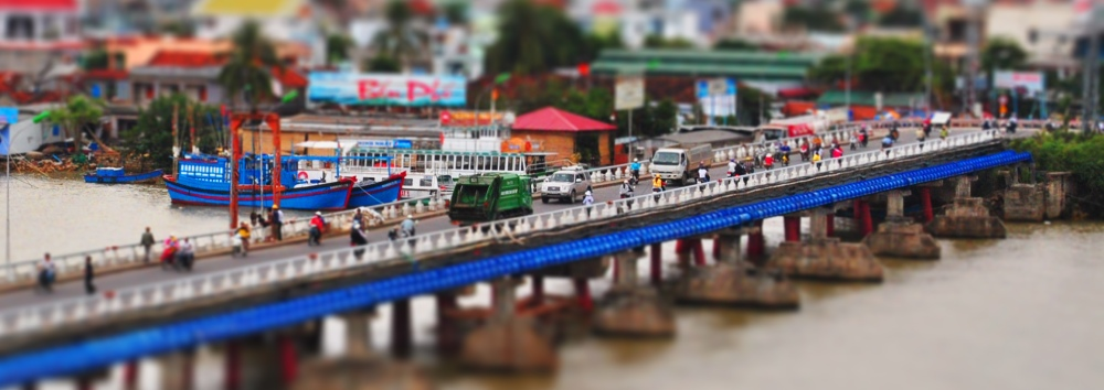 Nha-Trang's Busy little bridge